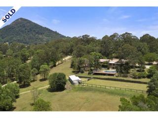 View profile: For the horse enthusiast or those seeking a hinterland retreat