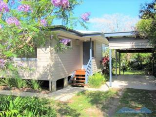 View profile: APPLICATION APPROVED...Break Lease!! Hidden Gem in Cooroy within walking distance to town