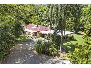 View profile: 40 acres - walk to town