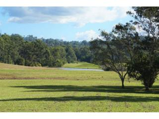 View profile: Privacy and tranquillity only 5 minutes to Noosa