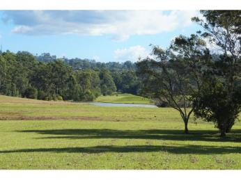 View profile: BREAK LEASE!! Privacy and tranquillity only 5 minutes to Noosa