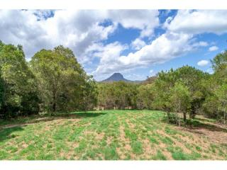 View profile: Create your own lifestyle on 11.4 acres